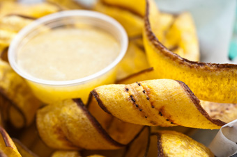"""Plantain chips and garlic dip"