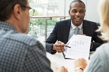 Reunión con un asesor financiero