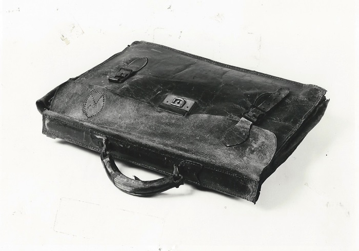 El maletín de Henry Claywell