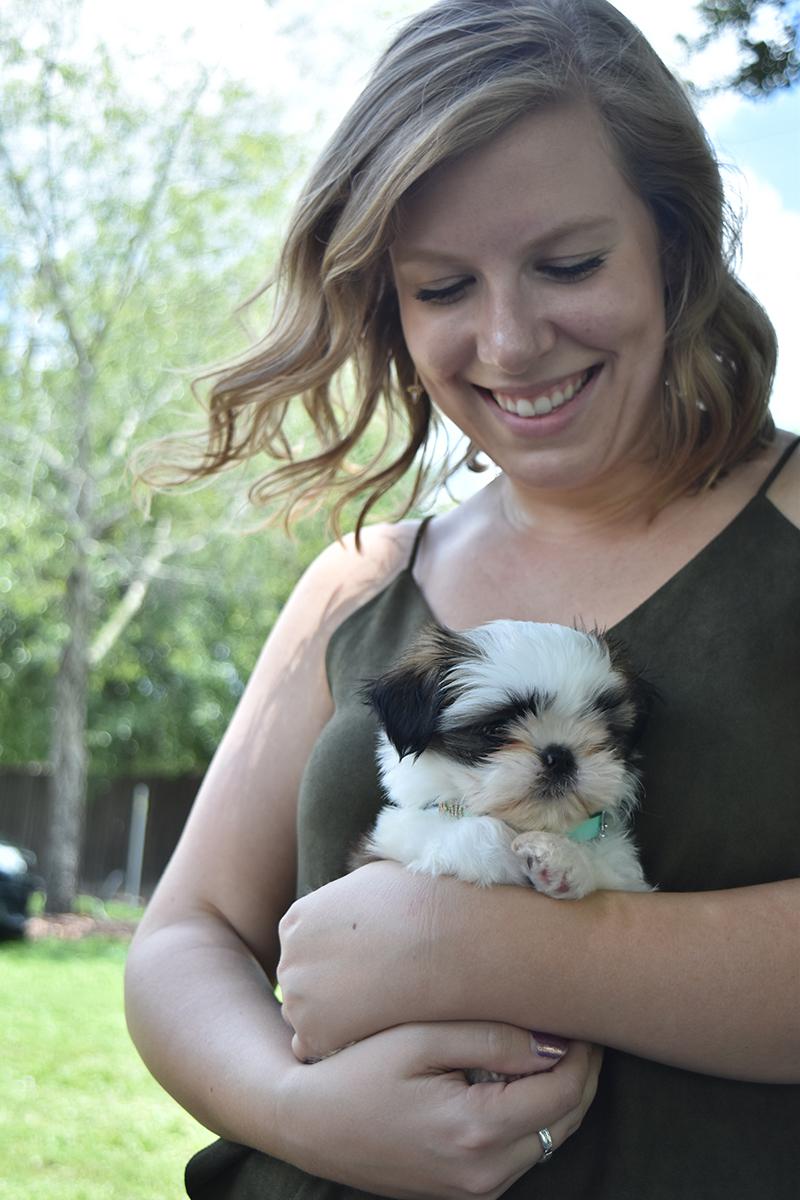 Alaina y su cachorro Benson