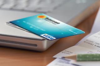 Business-Credit-Cards-4.JPG