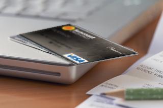 Student-Credit-Cards.JPG